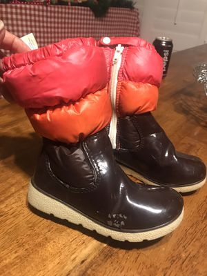 Toddler Winter Boots Size 10 girls for Sale in Chula Vista, CA