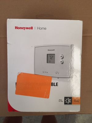 Honeywell non programmable Thermostat for Sale in Springfield, TN