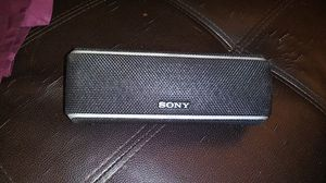 Sony bluetooth portable speaker box for Sale in Phoenix, AZ
