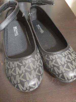 Michael kors (BRAND NEW) kids size 12 for Sale in Brooklyn, NY