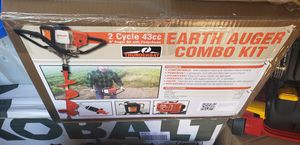 """Earthquake E43 with 8"""" Earth Auger, Red for Sale in Arlington, TX"""