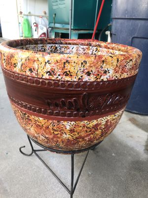 "A clay pot 13.5"" x 10.5"" (no stand) for Sale in Stanton, CA"