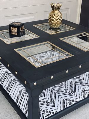 Modern coffee table for Sale in Lincoln, NE