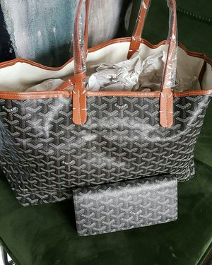 Fashion Tote Bag-Matching Wallet for Sale in Chicago, IL