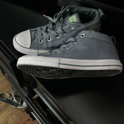 Boys Converse Size 3 for Sale in Los Angeles,  CA