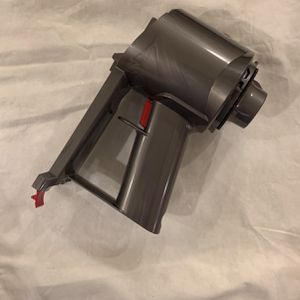 Dyson V8 Main Body for Sale in West Covina, CA