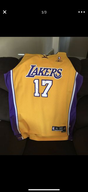 Lakers jersey XL for Sale in Norwalk, CA