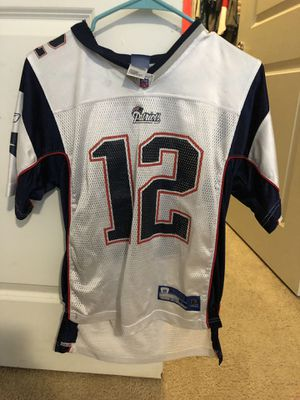 Tom Brady youth 14-16 patriots jersey for Sale in Suffolk, VA