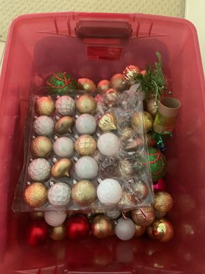Free Christmas ornaments for Sale in Corona, CA