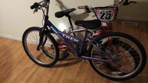 Freefall next dirt bike and 220 trek mountain bike for Sale in St. Louis, MO