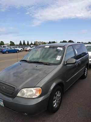 2005 Kia Sedona Van LX for Sale in Duluth, MN