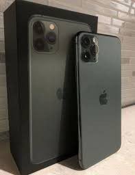 iPhone 11 pro max unlocked for Sale in Federal Way, WA