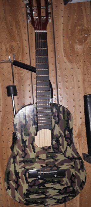 Small 6-String Acoustic Guitar for Sale in Palatine, IL