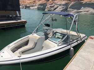 Cobalt WakeBoard/Ski Boat 20 ft for Sale in Scottsdale, AZ