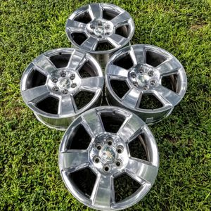🚩🚩2019 Chevy Silverado OEM 20 inch Rims💥only 3 months old for Sale in Windcrest, TX