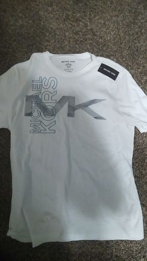 Michael kors shirt for Sale in North Ridgeville, OH
