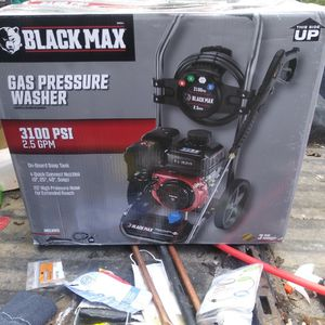 Nice Pressure Washer 3100 Psi Gas Power for Sale in Tacoma, WA