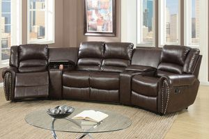 🎈Wowww!!! Sectional Recliners w/console🎈 for Sale in Hialeah, FL