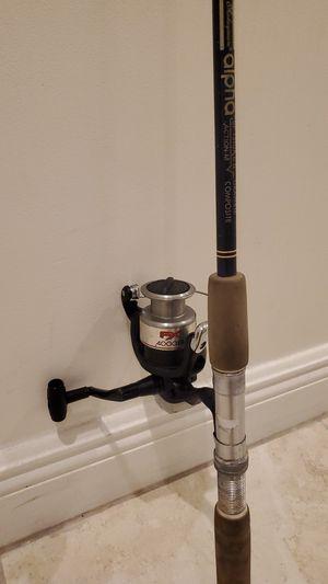 Shimano FX 4000FB fishing reel with Shakspeare Alpha rod pole for Sale in Davie, FL