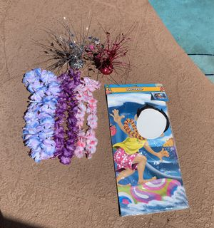 New & like new photo prop luau party decorations for Sale in Plantation, FL