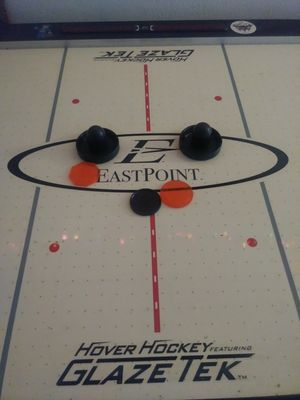 6ft air hockey table for Sale in Cape Coral, FL
