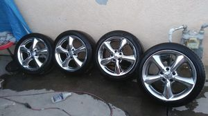 Mercedez chrome rims for Sale in Escondido, CA