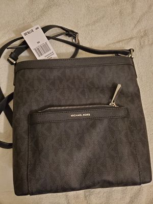 Michael Kors messenger bag for Sale in Tempe, AZ