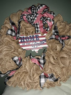 Im making wreaths to sell if you would like one im starting at $35 /45 OBO for Sale in Russellville, KY