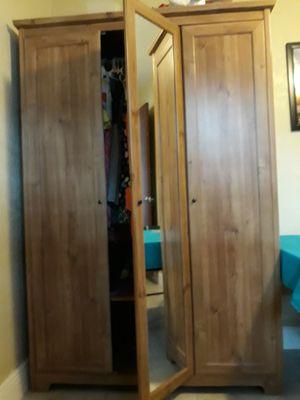 Wooden Closet for Sale in Deltona, FL