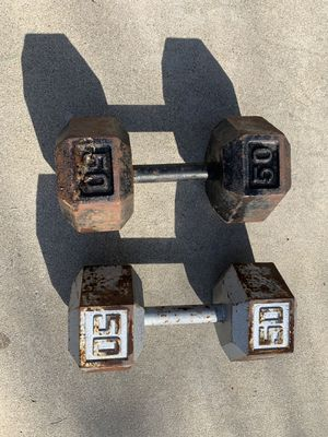 Hex iron dumbbells (2) 50lbs for Sale in Pico Rivera, CA