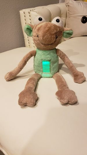 A Light in the Night, green light up, night light, plush kids toy with book. for Sale in Las Vegas, NV