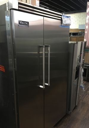"Viking Professional 48"" Built In Fridge for Sale in Chula Vista, CA"