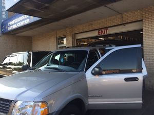 Ford Explorer 2002 xls fully loaded flex fuel for Sale in Chicago, IL