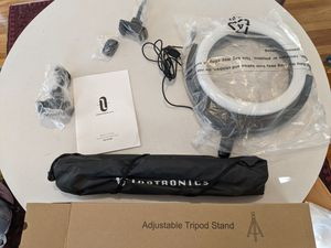 Taotronics LED ring light with tripod and bluetooth controller, usb powered. for Sale in Portland, OR