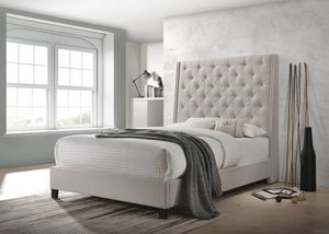 Chantilly Khaki Uphohyylstered Queen Bed for Sale in MD, US