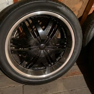 22 INCH RIMS AND TWO TIRES!! for Sale in Bremerton, WA