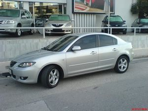 Parting out Mazda 3 2004 to 2009 for Sale in Huntington Park, CA