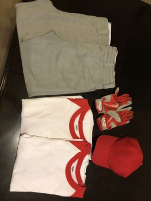 Rawlings Baseball pants, shirts, gloves & hat for Sale in Houston, TX