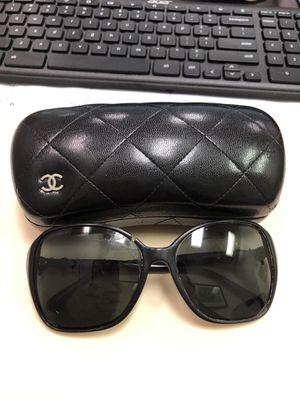 CHANEL 5205 Black Gold CC Bow Sunglasses for Sale in Richmond, VA