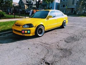 2 Honda Civic sedans 5 speed for Sale in Chicago, IL