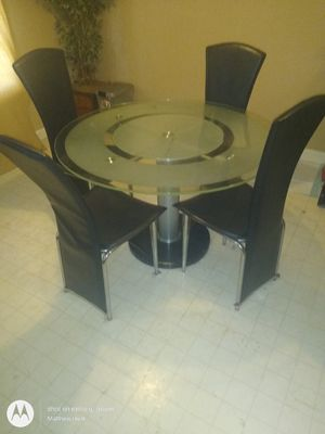 Kitchen table very nice for Sale in Greensboro, NC
