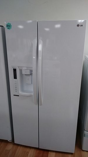 LG WHITE SIDE BY SIDE for Sale in City of Industry, CA