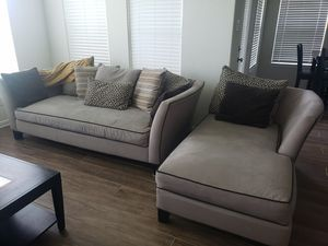 8 Piece Living Room Set Great Condition Serious Buyers for Sale in Houston, TX