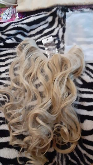 Rubber band hair extension must pickup only for Sale in Fresno, CA