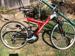 Nice Honda hr-260fs mountain bike - in perfect condition. You have to change the tires. That's it. for Sale in San Mateo, CA