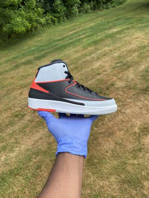 """Air Jordan Retro 2 """"Infrared"""" for Sale in The Bronx, NY"""