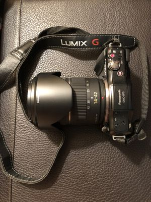 Panasonic DMC-GF5 and 14-42mm Lumix Lens for Sale in Alexandria, VA