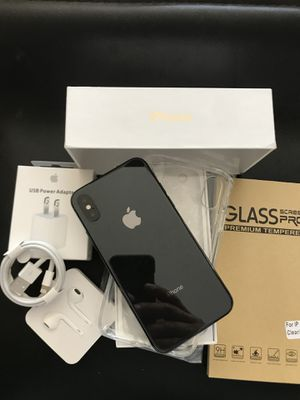 IPHONE X UNLOCKED FOR ANY CARRIER COMPANY & WORLDWIDE 64GB for Sale in Rosemead, CA