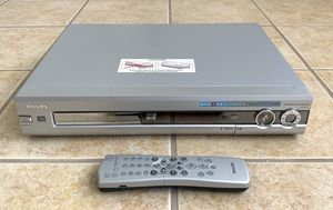 Philips DVDR72/17 DVD Recorder Player W/ Remote Great Condition for Sale in Scottsdale, AZ