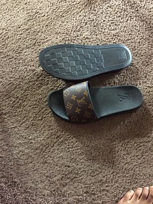 Louis Vuitton sliders for Sale in Cleveland, OH